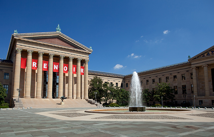 Use your Penn ID to receive a student discount into the iconic Philadelphia Museum of Art. (Photo Credit: Photo by Paul Loftland for PHLCVB)